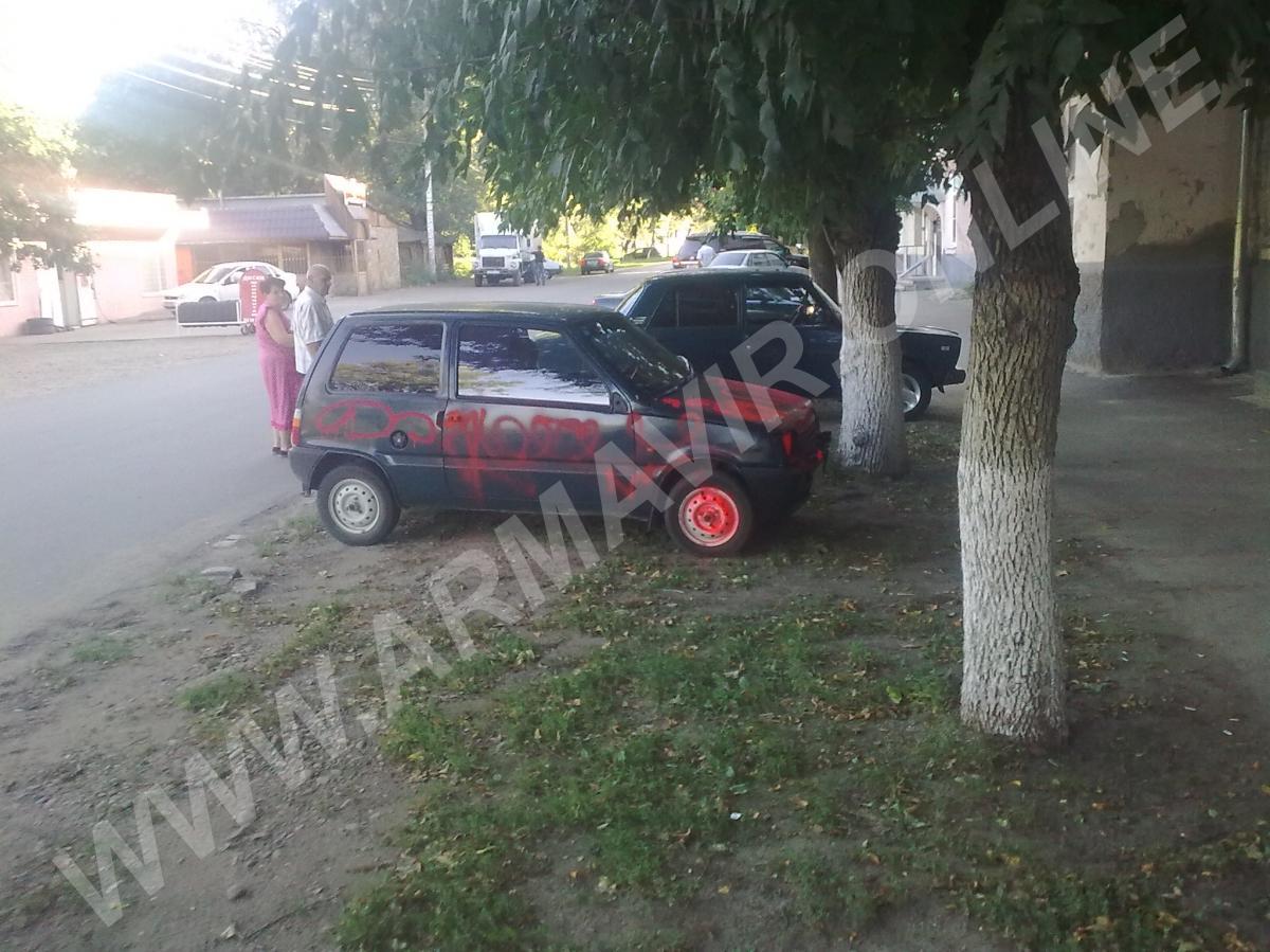 В Армавире изуродовали еще один авто. телефон +7 800 505 75 85 купить на сайте объявления Армавир онлайн