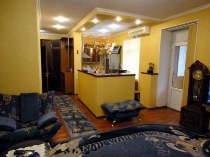 Продаю 2х комнатную квартиру, 63.5 м кв., 3/4 эт. . телефон +79184343603 купить на сайте объявления Армавир онлайн