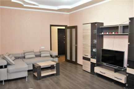 Сдам 1-комнатную квартиру, 49 м кв., 2/4 эт. . телефон +79284396162 купить на сайте объявления Армавир онлайн