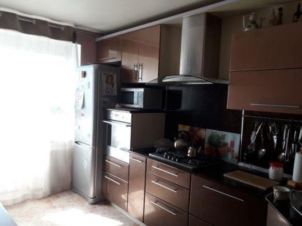 Продам 3х-комнатную квартиру, 65 м кв., 8/9 эт. . телефон +79284028374 купить на сайте объявления Армавир онлайн