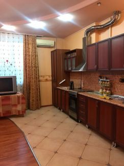 Продаю 2х комнатную квартиру, 75 м кв., 5/5 эт. . телефон +79385032136 купить на сайте объявления Армавир онлайн