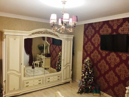 Продаю 2х комнатную квартиру, 100 м кв., 5/7 эт. . телефон +79181578921 купить на сайте объявления Армавир онлайн