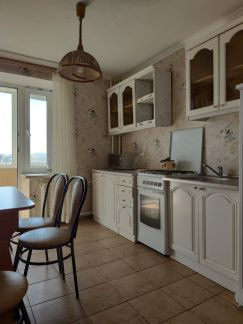 Сдам 1-комнатную квартиру, 36 м кв., 2/9 эт. . телефон +79284396162 купить на сайте объявления Армавир онлайн