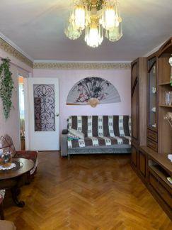 Сдаю 2х комнатную квартиру, 65 м кв., 2/5 эт. . телефон +79384172400 купить на сайте объявления Армавир онлайн