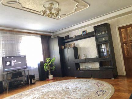 Продам 3х-комнатную квартиру, 70 м кв., 1/2 эт. . телефон +79189300953 купить на сайте объявления Армавир онлайн